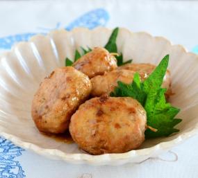 不思議調味料ゆべしアレンジレシピ③『鶏つくねのゆべしたれ焼き』